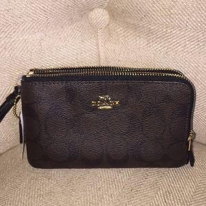 NWT Coach Wristlet Wallet Double Zipper Small